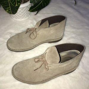•Clarks• Desert Boots